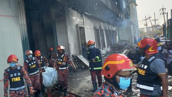 Death in factory fire